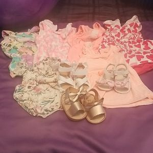 Baby girls clothing   some sandels